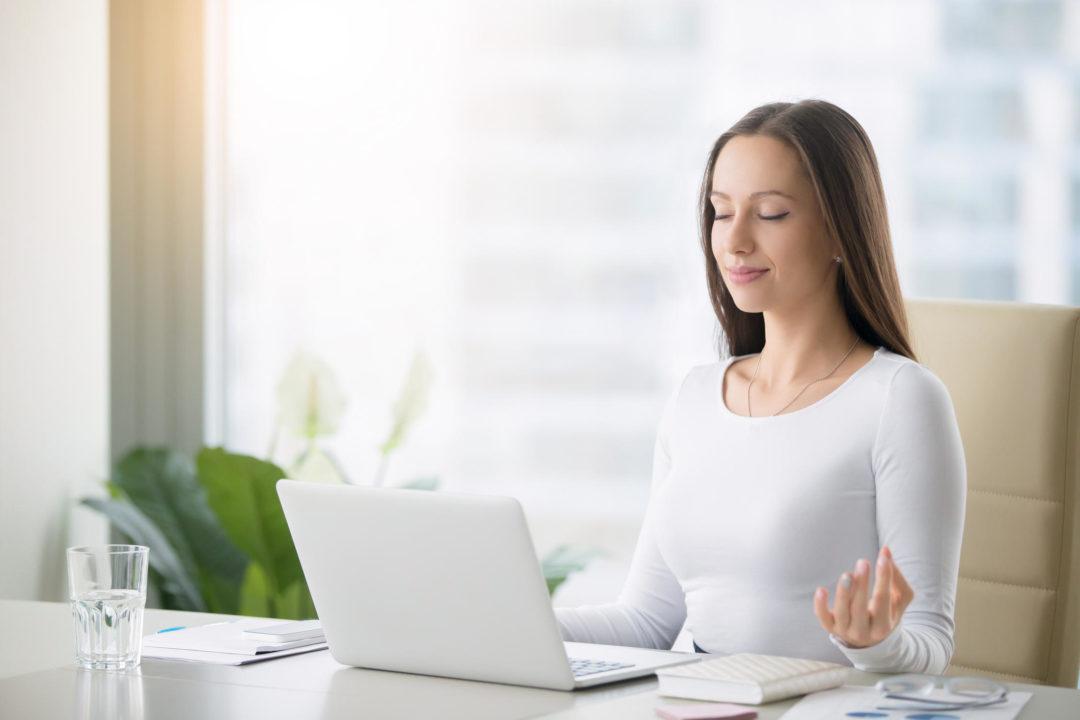 Seis benefícios da meditação para o desempenho profissional