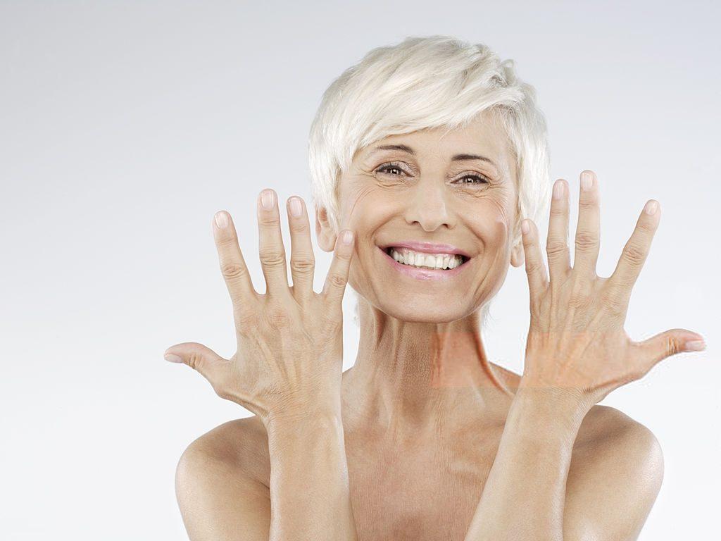 Interesse de mulheres da Melhor Idade por cuidados pessoais fomenta mercado de salões de beleza