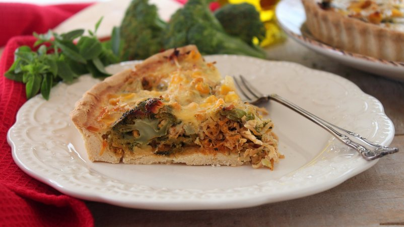 Leve e saborosa: Quiche de Frango e Brócolis