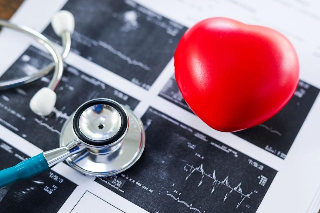 Dia Nacional de Combate à hipertensão: cardiologista alerta sobre os riscos da doença