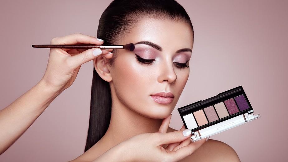 Saiba quais as tendências de maquiagem para arrasar em qualquer estação do ano