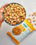 Rica em fibras, pipoca é opção de snack saudável e fortalece o sistema imunológico